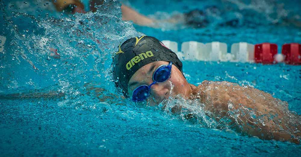 sport video swimming